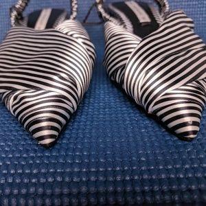 Zara Shoes - Zara B&W Pointy Toe Slingback Striped Kitten Heel